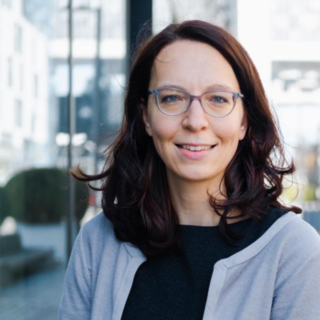 Portrait von Rechtsanwältin Clara Sachnik